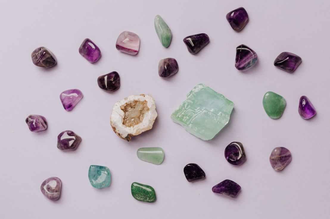 小组问答:神为什么选择世人认为宝贵的宝石?